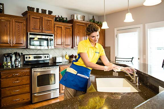 Ashburn and Leesburg VA Cleaning Services